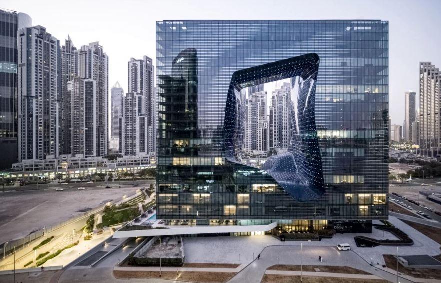 Cladirea Opus este ultima creatie a celebrei arhitecte Zaha Hadid.